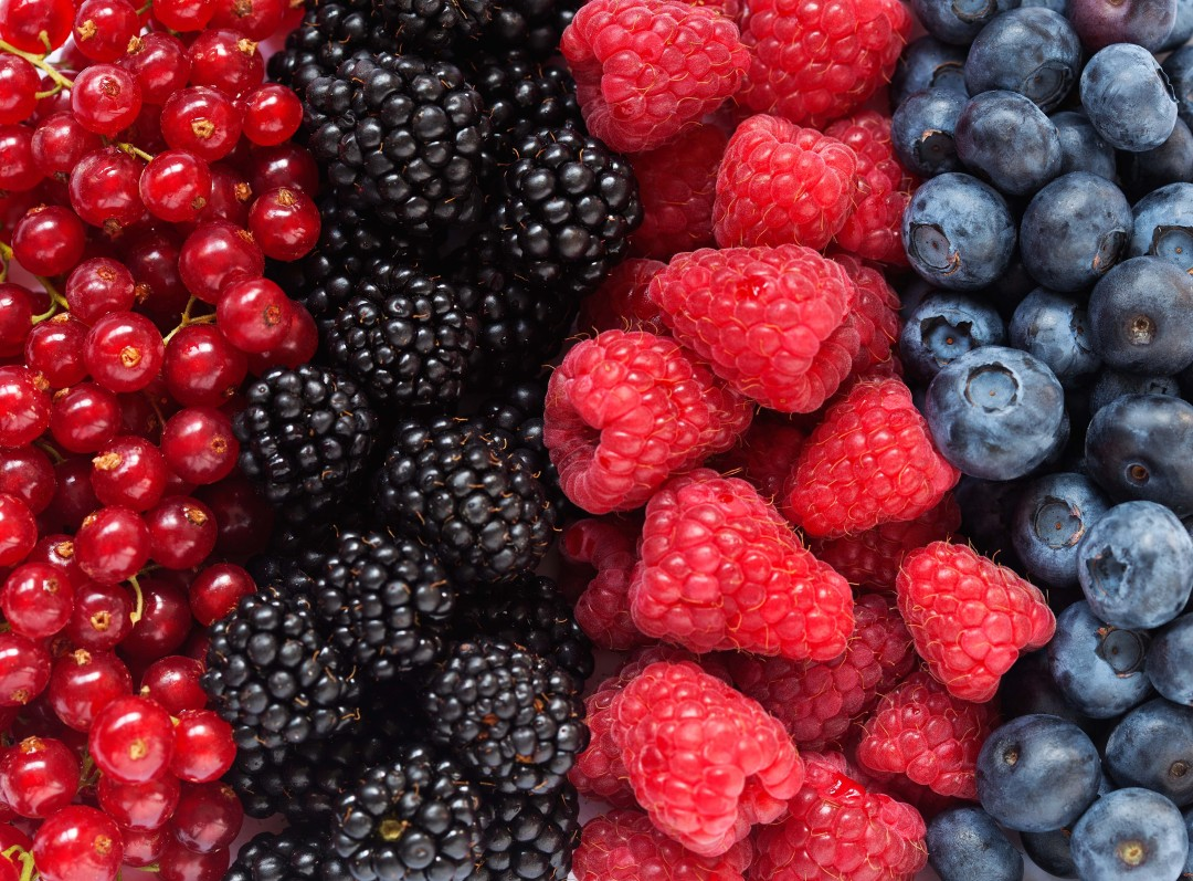 Berries in your Yogurt for a Healthy Swap